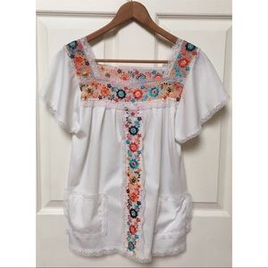 Vintage 60s Embroidered Peasant Top